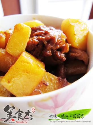 土豆烧鸡块的做法