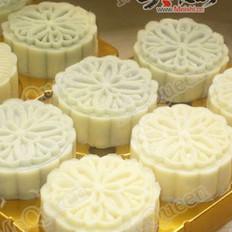 奶香冰皮月饼