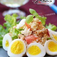 金枪鱼米饭沙拉