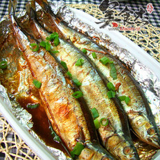 蜜汁烧烤秋刀鱼