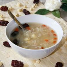 糯米银耳莲子粥