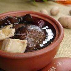 香菇黑耳墨鱼汤