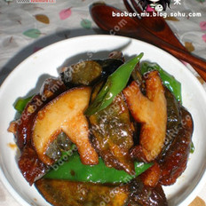 香菇青椒炒松花蛋