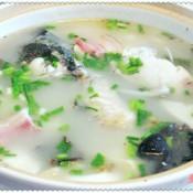 鲢鱼头豆腐咸肉砂锅煲