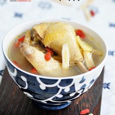 黄芪枸杞鸡汤