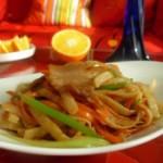 芹菜胡萝卜肉片炒饼