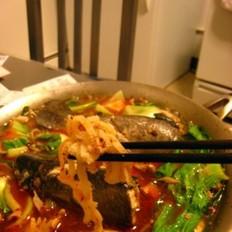 水煮鳟鱼涮百叶