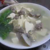 蛤蜊豆腐菜汤