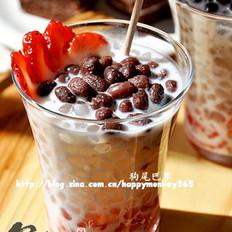 蜜豆草莓西米露