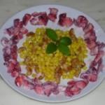 草莓甜玉米沙拉