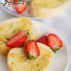 蒜香面包&自制奶泡茶
