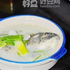 芹菜鲫鱼汤