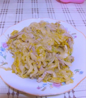酸菜炒肉的做法