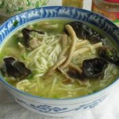 茶树菇汤面