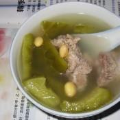 黄豆排骨凉瓜汤