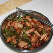 辣椒猪肉炒草菇