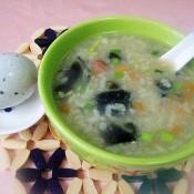皮蛋粽子粥