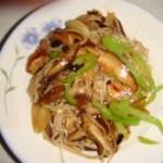 蘑菇炒鸡丝