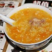 南瓜小米排骨粥