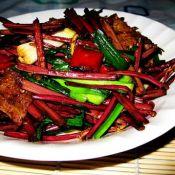 猪肉炒蕨菜