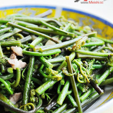 蕨菜炒肉末