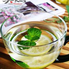 薄荷柠檬蜂蜜水