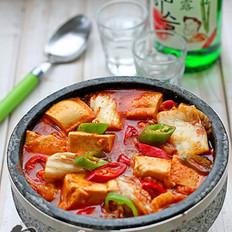韩式辣白菜豆腐汤