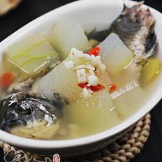 冬瓜薏仁鲫鱼汤