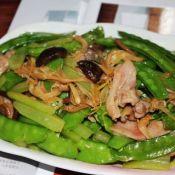 菌香芹菜荷兰豆