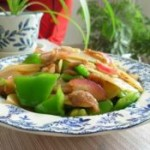 五花肉炒青椒土豆片