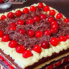 乳酪巧克力樱桃蛋糕
