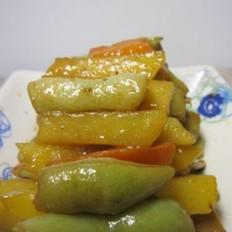 五花肉炖土豆芸豆胡萝卜