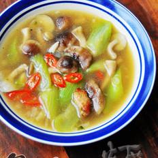 丝瓜肉片香菇汤