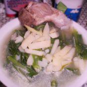 小白菜土豆条大骨头汤