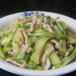 五花肉丝炒西葫芦