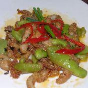 猪颈肉炒丝瓜