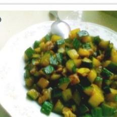小咸菜肉丁黄瓜