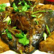 鲅鱼头焖豆腐