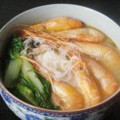 青菜鲜虾米线