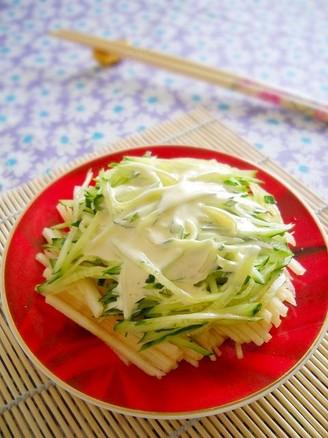 苹果黄瓜沙拉的做法