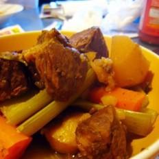香辣土豆炖牛肉