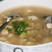 鲜美鲫鱼豆腐汤