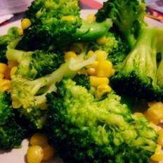 西兰花炒甜玉米