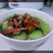 香菇火腿热汤面