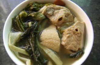 菜干南北杏猪肺汤的做法