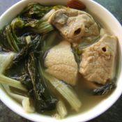 菜干南北杏猪肺汤