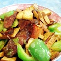 菜椒豆干炒腊肠