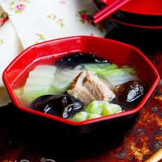 黑木耳白菜清炖排骨