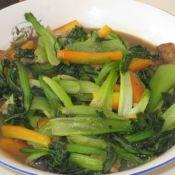 胡萝卜肉炒油菜