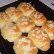奶油杏仁烤面包